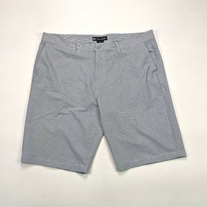 Travis Mathew Classic Fit Mens Size 42 Gray Shorts